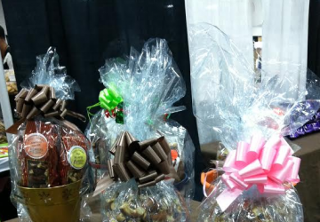 Why don't gift baskets sell in your retail store? Gift baskets can sell fast, but something's wrong. Here's why gift baskets sell slowly in your store, by author and industry expert, Shirley George Frazier.