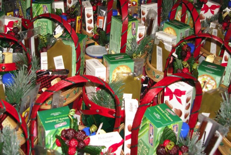 Creating a Line of Gift Baskets Customers Buy, by Shirley George Frazier. All rights reserved.