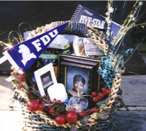 What to Put in a College Gift Basket, by Shirley George Frazier. All rights reserved.