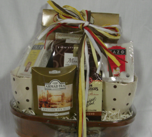 Can You Make $100,000 a Year with Gift Baskets?, by Shirley George Frazier. All rights reserved.